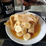 Banana Pancake e caffè americano